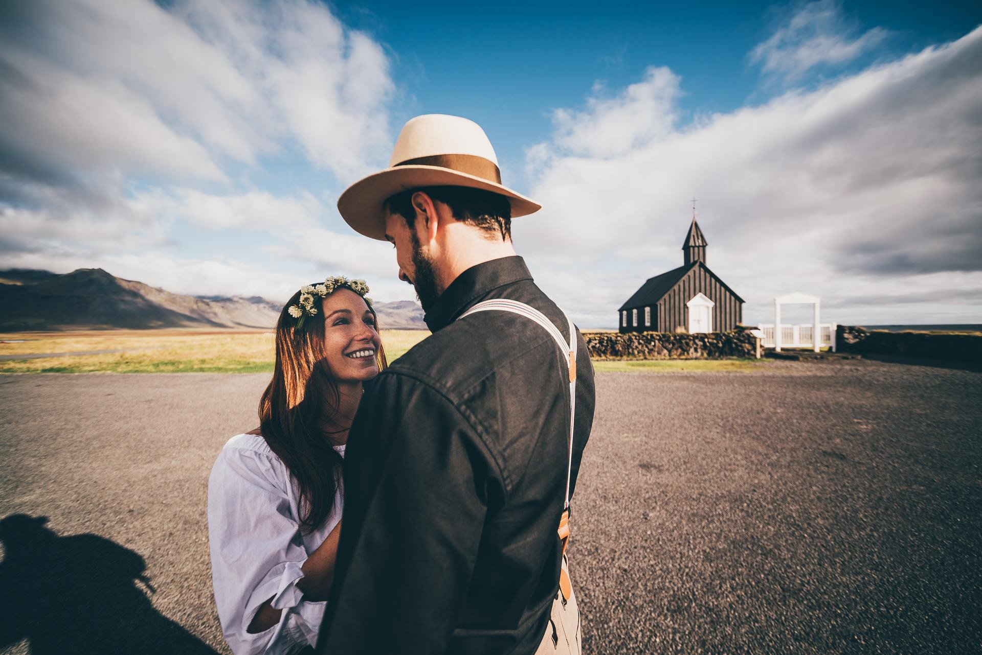 Destination-Wedding-Photographer-Iceland-Budir-BlackChurch-MathiasBrabetz-7