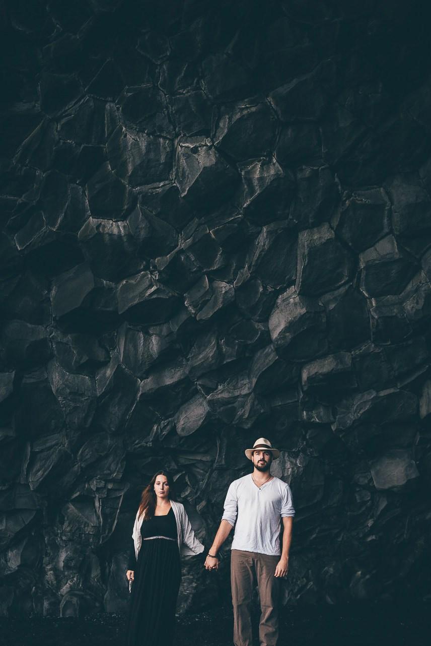 Destination-Wedding-Photographer-Iceland-Reynisfjara-Blackbeach-MathiasBrabetz-21_hoch